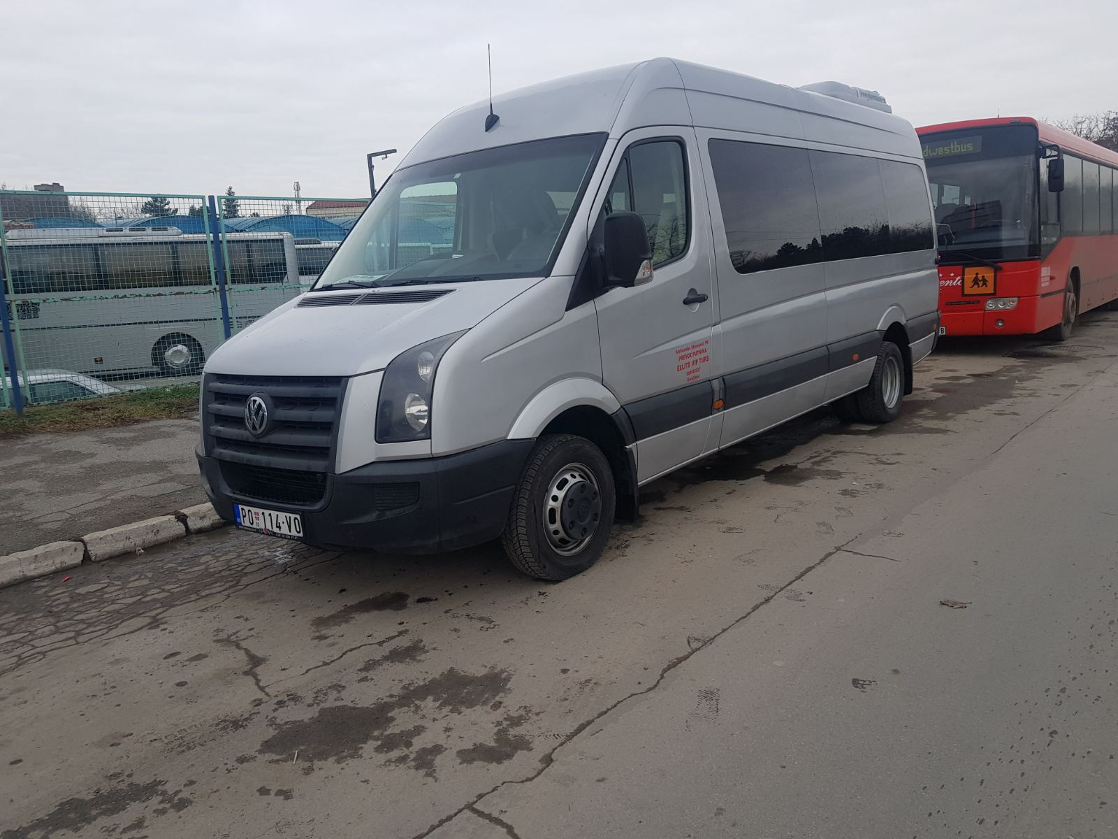 VW Crafter 18+1